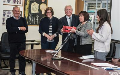 Consegna defibrillatore al liceo scientifico E. Fermi – Video