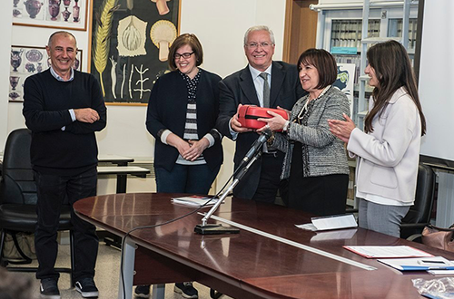 Consegna defibrillatore al liceo scientifico E. Fermi